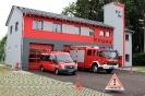 Feuerwehrhaus mit Autos Juli 2021 Sch.J